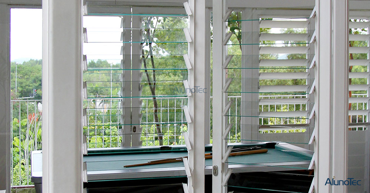 Adjustable Jalousie Louvres window