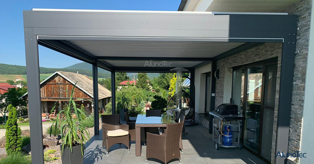 Outdoor Louver Roof