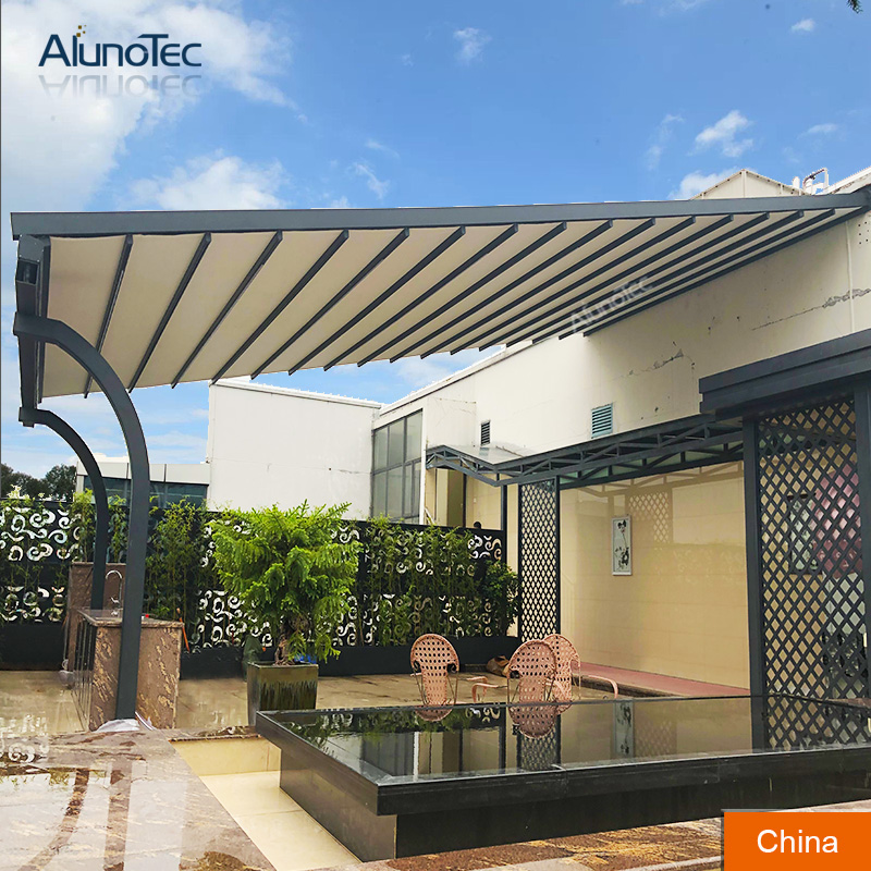 How the Retractable Awning Work?