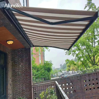 Half Cassette Aluminum Folding Arm Awning Motorized Patio Awning Retractable Awnings